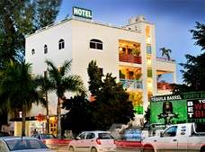 Commercial for sale in PLAYA DEL CARMEN 10 AVENUE BUILDING (HOTEL/RESTAURANT) FOR SALE - OPORTUNITY, Playa del Carmen, Quintana Roo