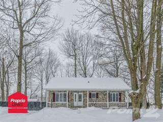 House for sale in 922 Rue de Calais, Mont-Saint-Hilaire, Quebec, J3H4R1