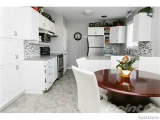 Residential Property for sale in 2338 McKinnon AVENUE S, Saskatoon, Saskatchewan
