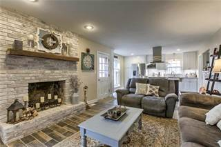 Single Family for sale in 4500 NW Pawnee Drive, Riverside, MO, 64150