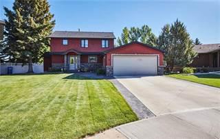 Residential Property for sale in 18 Violet Court SE, Medicine Hat, Alberta