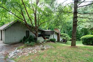 Condo for sale in 1900 Ridgecrest Drive 104, Knoxville, TN, 37918