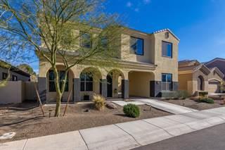 Single Family for sale in 844 E RAWHIDE Court, Gilbert, AZ, 85296