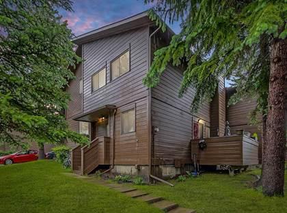 Single Family for sale in 336 RUNDLEHILL DR NE 58, Calgary, Alberta