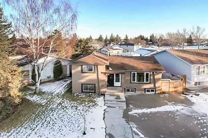 Single Family for sale in 988 RUNDLECAIRN Way NE, Calgary, Alberta, T1Y2X2