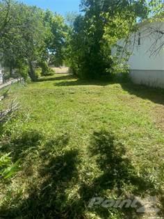 Lots And Land for sale in 825 Elphinstone STREET, Regina, Saskatchewan, S4T 3L5