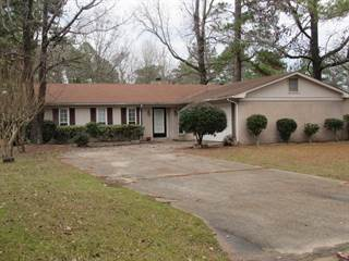 Residential Property for sale in 3418 Camellia Cir, Columbus, MS, 39705