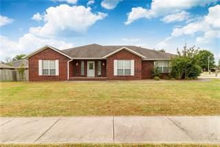 Single Family for sale in 808 Hardwood  CIR, Rogers, AR, 72758
