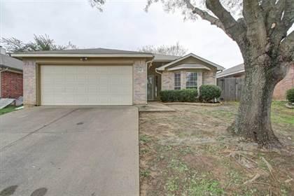 Residential for sale in 5707 Alicante Drive, Arlington, TX, 76017