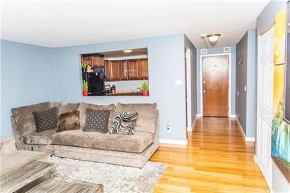 Residential for sale in 120 Pilgrim Parkway 8, Warwick, RI, 02888