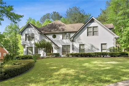 Residential for sale in 135 Spalding Creek Court, Sandy Springs, GA, 30350