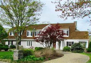 Single Family for sale in 1922 Diehl Court, South Whitehall, PA, 18104