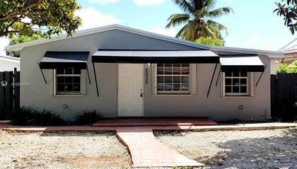 Residential Property for rent in 2035 SW 60th Ct, Miami, FL, 33155