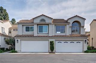 Townhouse for sale in 10 Almador, Irvine, CA, 92614