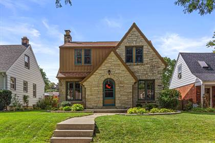 Residential Property for sale in 2869 N 80th St, Milwaukee, WI, 53222