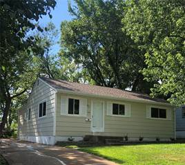 Single Family for sale in 409 Chamberlin Dr., Ballwin, MO, 63021