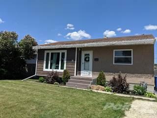 Residential Property for sale in 54 Crestwood Crescent, Winnipeg, Manitoba, R2J 1H5