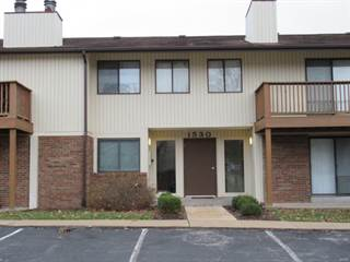 Condo for sale in 1530 Springlet Court 24, Florissant, MO, 63033