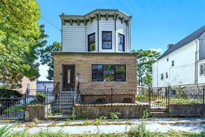 Multifamily for sale in Pratt Ave & East 233rd Street Eastchester, Bronx NY 10466, Bronx, NY, 10466