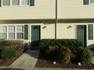 Townhouse for sale in 57 Pirates Cove Drive, Swansboro, NC, 28584