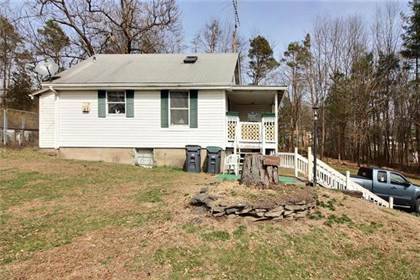 Residential Property for sale in 2012 Chipperfield Drive, Stroudsburg, PA, 18360