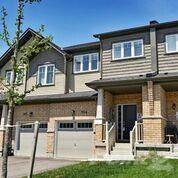 Townhouse for sale in 104 Nearco Gate, Oshawa, Ontario