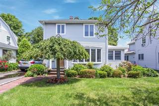 Single Family for sale in 146 Emory Rd, Mineola, NY, 11501