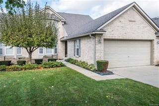 Condo for sale in 5405 IVY CRT 41, Genoa, MI, 48843