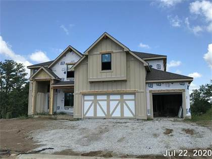 Residential for sale in 14694 NW Thousand Oaks Place, Parkville, MO, 64152