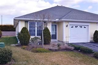 Condo for sale in 2901 Village Green Circle 2901, Greater Greene, RI, 02816