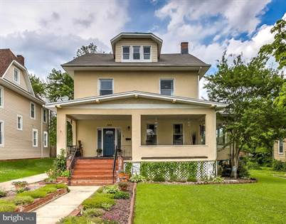 Residential for sale in 3814 CHATHAM RD, Baltimore City, MD, 21215
