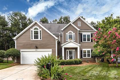 Single-Family Home for sale in 6603 Charter Hills Rd. , Charlotte, NC, 28277