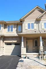 Townhouse for rent in 82 DUNROBIN Lane, Grimsby, Ontario