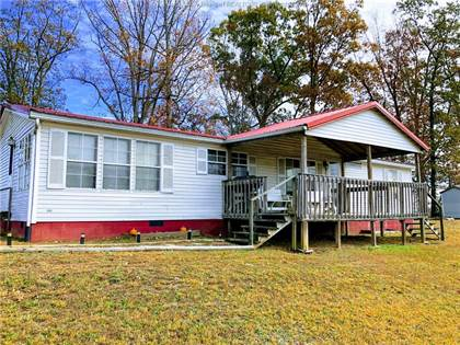 Residential Property for sale in 701 Charlotte Drive, Leon, WV, 25123