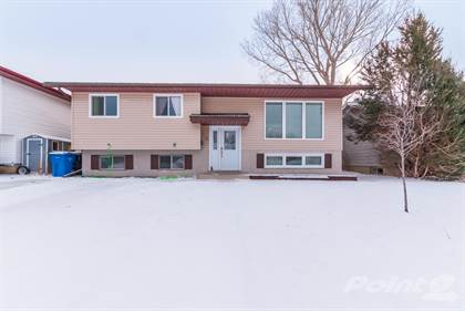 Residential for sale in 110 Ross Glen Crescent SE, Medicine Hat, Alberta, T1B 1P7