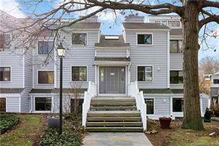 Condo for sale in 38 Rowayton Woods Drive 38, Norwalk, CT, 06854