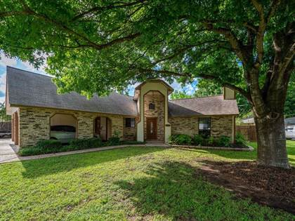 Residential Property for sale in 388 Spring River DR, Martindale, TX, 78655