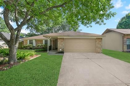 Residential for sale in 6915 Desert Rose Lane, Houston, TX, 77086