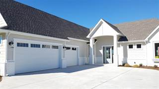 Single Family for sale in 5483 W 26th, Wichita, KS, 67204