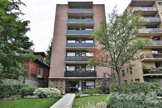 Apartment for sale in 78 Warren Rd, Toronto, Ontario