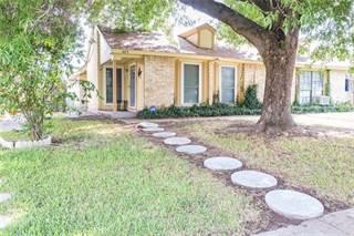 Duplex for sale in 609 Stonehenge Drive, Grand Prairie, TX, 75052