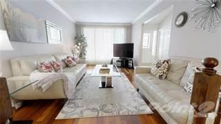 Residential Property for sale in 210 PARKWOOD Crescent, Hamilton, Ontario, L8V 4Z5