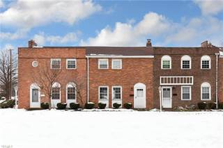 Townhouse for sale in 24466 Clareshire Rd 10B, North Olmsted, OH, 44070