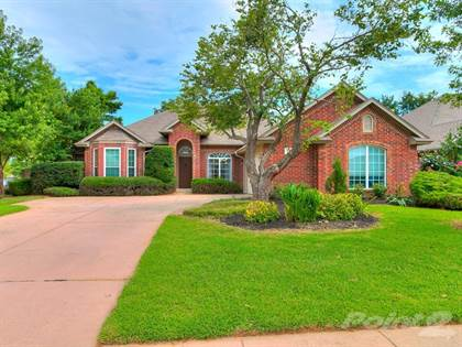 Single-Family Home for sale in 1217 Copperfield , Edmond, OK, 73003