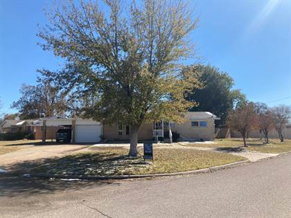 Residential Property for sale in 802 W Oklahoma, Laverne, OK, 73848