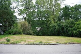 Land for sale in 8694 West Kingsbury Avenue, University City, MO, 63124