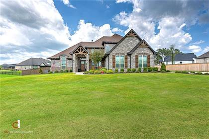 Residential Property for sale in 104 Torrance  DR, Cave Springs, AR, 72718