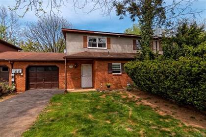 Residential Property for sale in 109 High Point Lane, Easton, PA, 18042