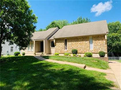 Residential Property for sale in 3609 SW Lake Shore Drive, Blue Springs, MO, 64014