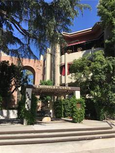 Residential Property for sale in 5216 Yarmouth Avenue 301, Encino, CA, 91316